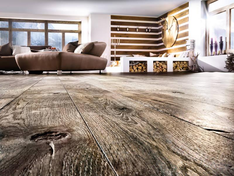 Bodenbeläge von Teppich bis Parkett bei Dekorationen